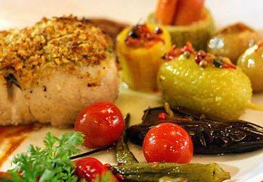 Foto: Peixe no crocante de cítrico com legumes, Restaurante Casa de Tereza