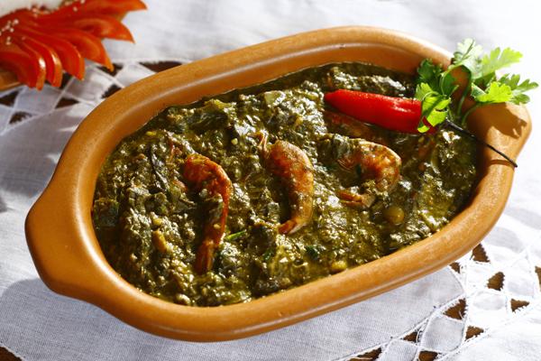 Prato Efó. Foto: Site Cozinhando com os Amigos.