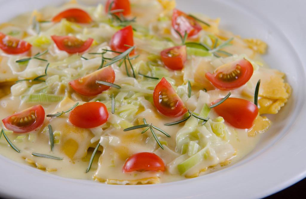 Ravioli de Funghi Porcini - Restaurante La Pasta Gialla.