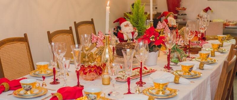 Inspiração para uma charmosa mesa de jantar natalino