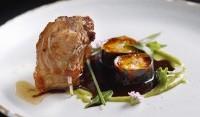 Chef ensina prato de sua cozinha contemporânea e afetiva