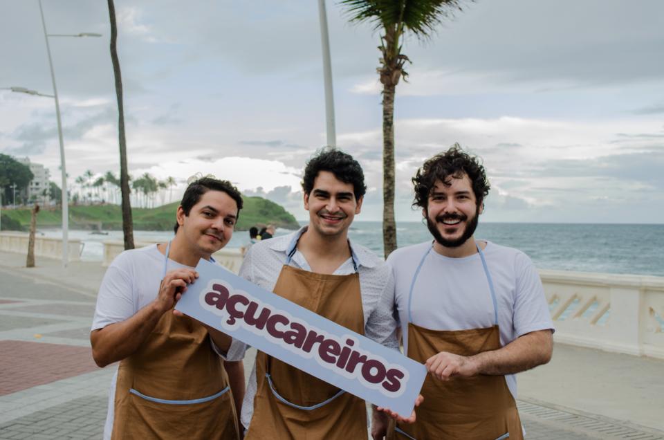 Irmãos: Gerard, Tómas e Victor (esquerda para direita). Foto: Coletivo Chá de Fita.