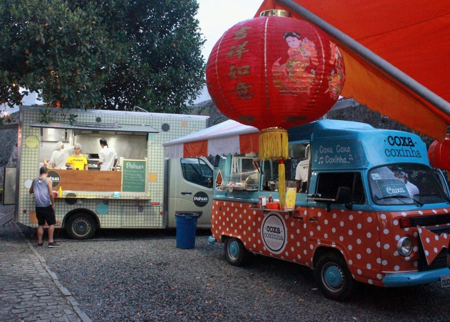 Food trucks em esquente junino na Casa Skol