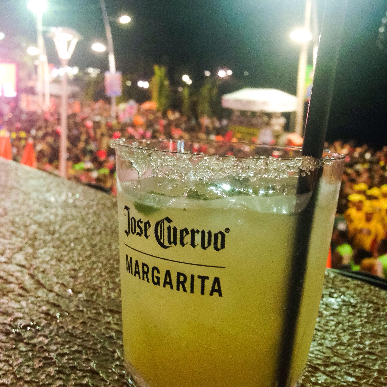 Carnaval: Aprenda a fazer o drink do Expresso 2222