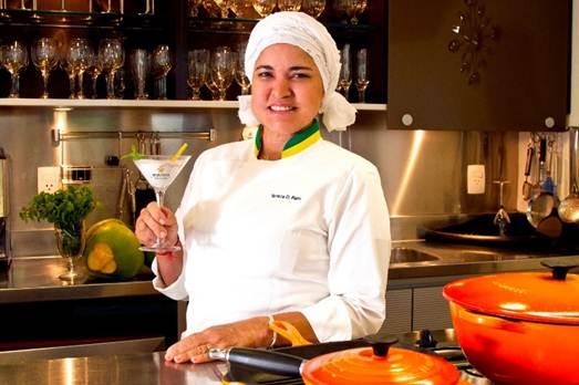 Escola comemora um ano com aula da chef Tereza Paim