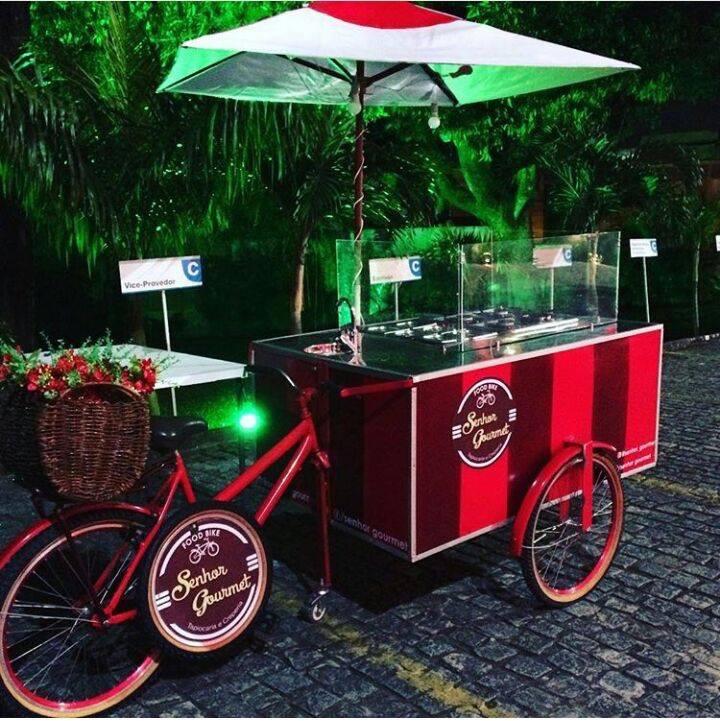 Evento reúne apenas food bikes