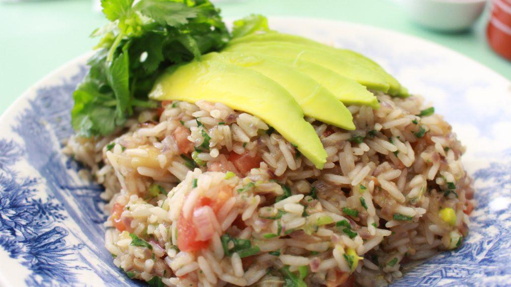 Arroz vegetariano de abacate e berinjela. Fotos: Deisy Anunciação / Repórter Gourmet